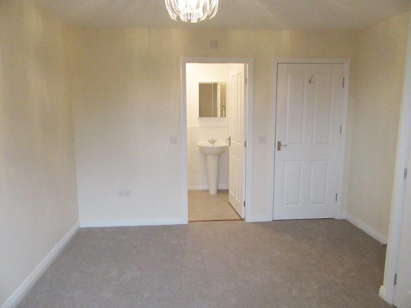 Master Suite with ensuite & dressing room